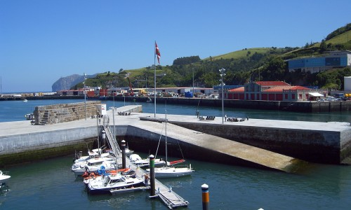 Bermeo's_commercial_port